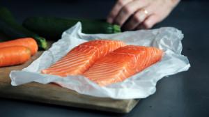 fisch eiweiß ernährung kraftsport